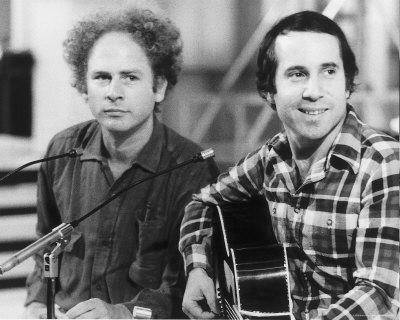 Simo and Garfunkel: El Condor Pasa